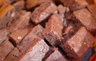 como-preparar-brownies-veganos-con-frijoles-negros